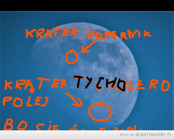 ściemnia a na kraterze Kopernika pomnik Lecha Kaczyśkiego ufundowany przez PIS –